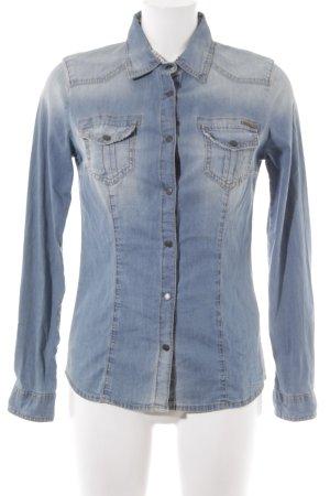 Sisley Camicia denim blu fiordaliso Logo applicato (in metallo)