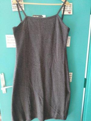 Sisley Kleid für Office/Büro- knielangen