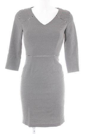 Sisley Langarmkleid schwarz-weiß Zackenmuster Elegant