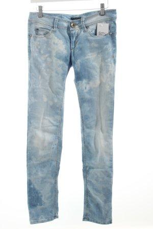 Sisley Slim Jeans himmelblau-wollweiß Batikmuster Casual-Look