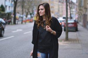Sisley Top schwarz extravaganter Stil
