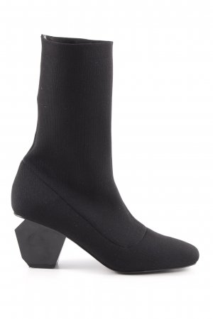 Sixtyseven Stretch Boots black minimalist style