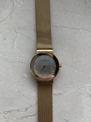Skagen Watch With Metal Strap gold-colored