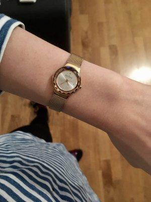Skalen Uhr zierlich
