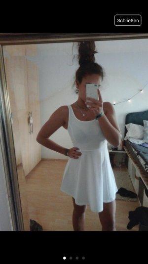Skaterkleid in weiß