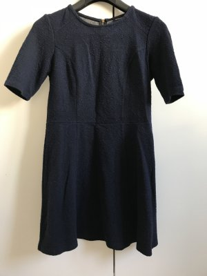 Warehouse Robe trapèze bleu foncé