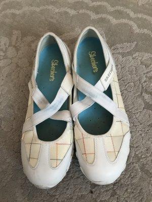 Skechers Damen Schuhe Größe 39.