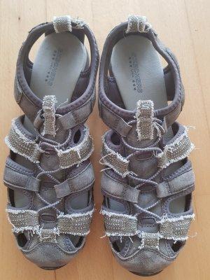 Skechers Sandalias de playa caqui