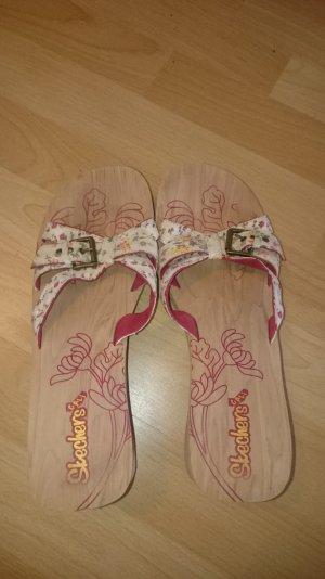 Skechers Sandalo con tacco multicolore