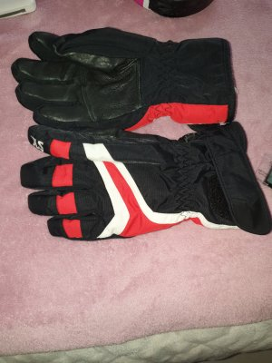 & other stories Guantes con dedos negro-rojo