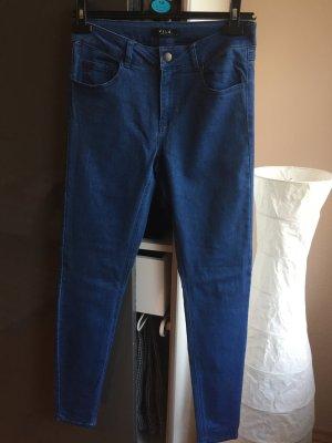 Skinny Blue Jeans in M