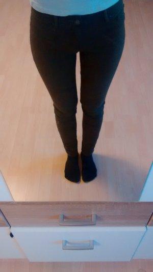 Skinny Hose Khaki Pull & Bear