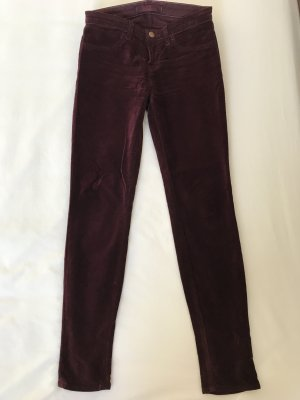 Skinny Jeans aus Veloursamt von JBrand Größe 26