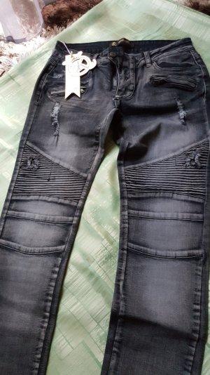 Skinny Jeans Biker Look