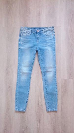 Skinny Jeans blau Gr. 26/27