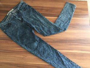 Skinny Jeans, blaue Röhrenjeans