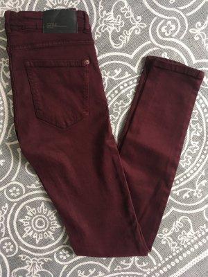 Skinny Jeans dunkelrot bordeaux Zara
