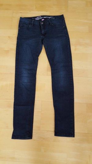 Skinny Jeans Gr. 28/30 neuw.
