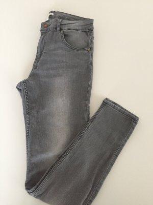 Skinny Jeans grau H&M 38 used Look