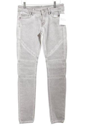 Skinny Jeans grau Street-Fashion-Look