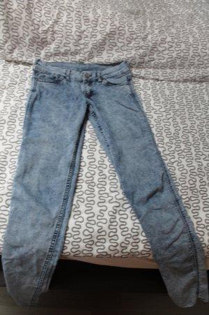 Skinny Jeans H&M gescheckt