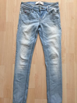 Skinny Jeans Hollister W24 L29, helle Waschung