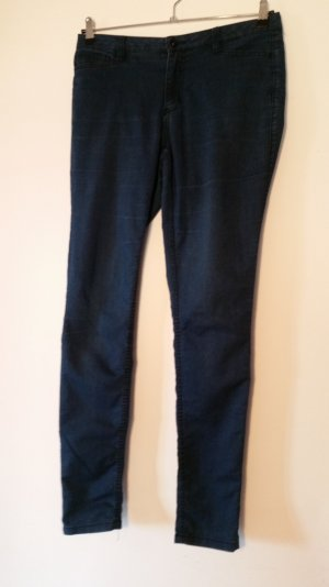 Skinny Jeans in hellem Blau