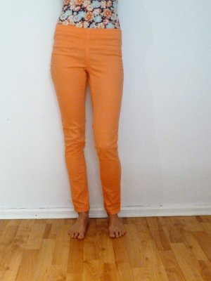 Skinny Jeans in Orange