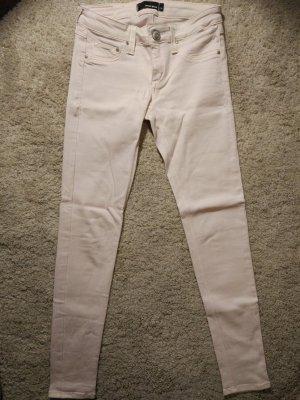 Skinny Jeans in Rose-Farbe