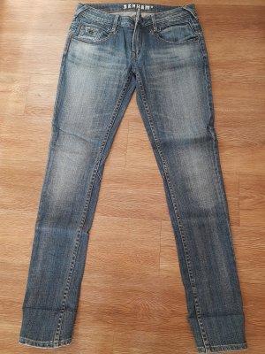 Skinny-Jeans in verwaschenem blau