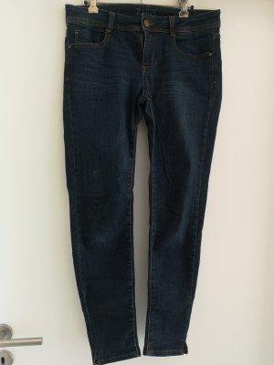 Skinny Jeans knöchellänge 38 Strech dunkelblau