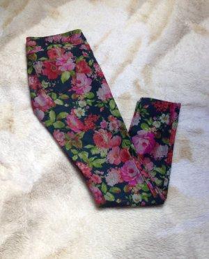 Skinny Jeans mit Floralprint
