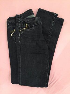 Skinny Jeans mit Reissverschlüssen