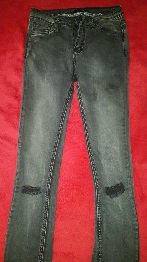 skinny jeans mit rissen an Knie