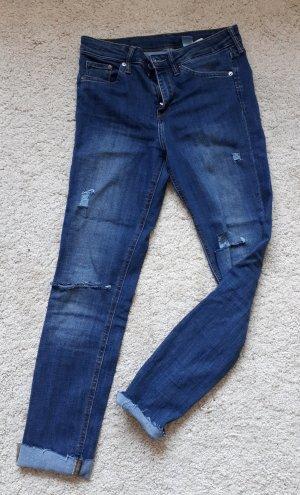 Skinny-Jeans mit Cutouts