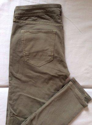 Skinny-Jeans Oliv, Gr 31, nur 1x getragen