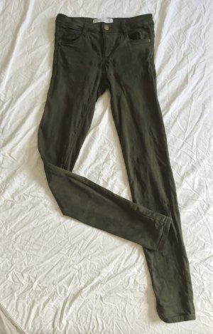 Skinny Jeans / Röhrenjeans mit unregelmäßiger Färbung / dezentem Batik in khaki