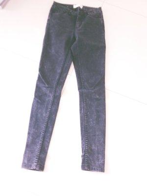 Skinny Jeans schwarz mit hellen Auswaschungen, Gr. 34 von pieces