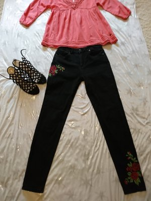 Skinny Jeans schwarz mit Stickerei