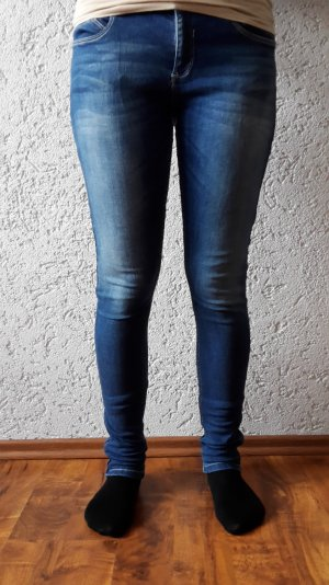skinny Jeans von Primark