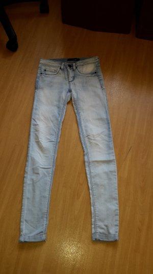 Skinny Jeans von Tally Weijl in Größe 32