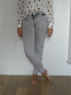 Skinny-Jeans von Zara TRF
