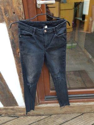 Skinny Regular Waist Jeans Gr. 40 H&M grau destroyed