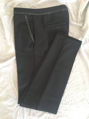 Skinny Stoffhose mit Lederdetailen