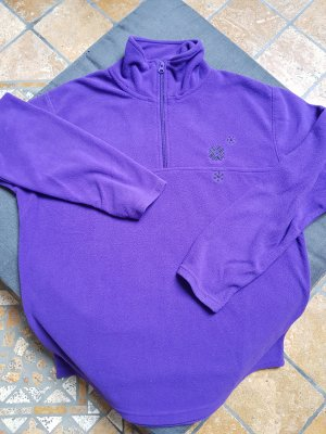 Pullover in pile viola scuro