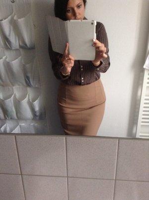 Skirt knee length beige classic 38