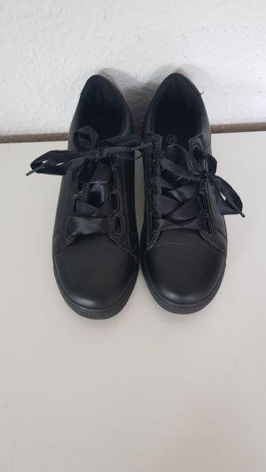 Skneaker