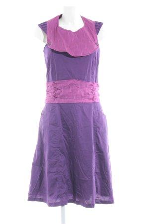 Skunkfunk A-Linien Kleid lila-violett abstraktes Muster Casual-Look