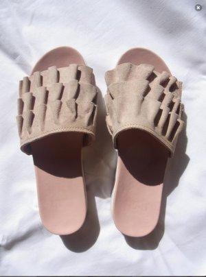 Slider / Schlappen / Flache Schuhe rosè weiß wildleder raffungen sommer summer Suede