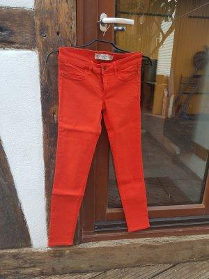 Slim Fit Jeans A&F W25 L29 Gr. XS rot